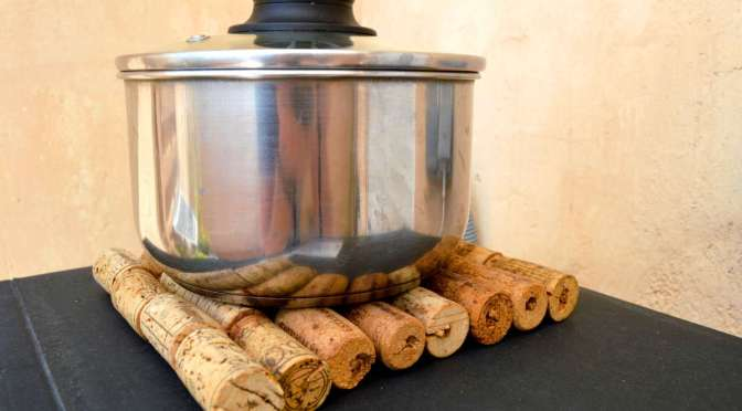Kitchen trivet from cork wine covers