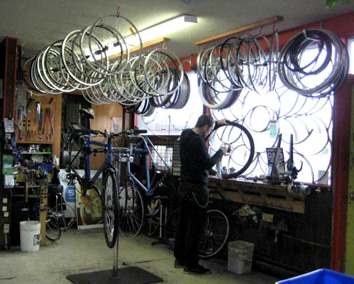 Recyclistas Bike Shop | Work Trades | Recyclistas ca