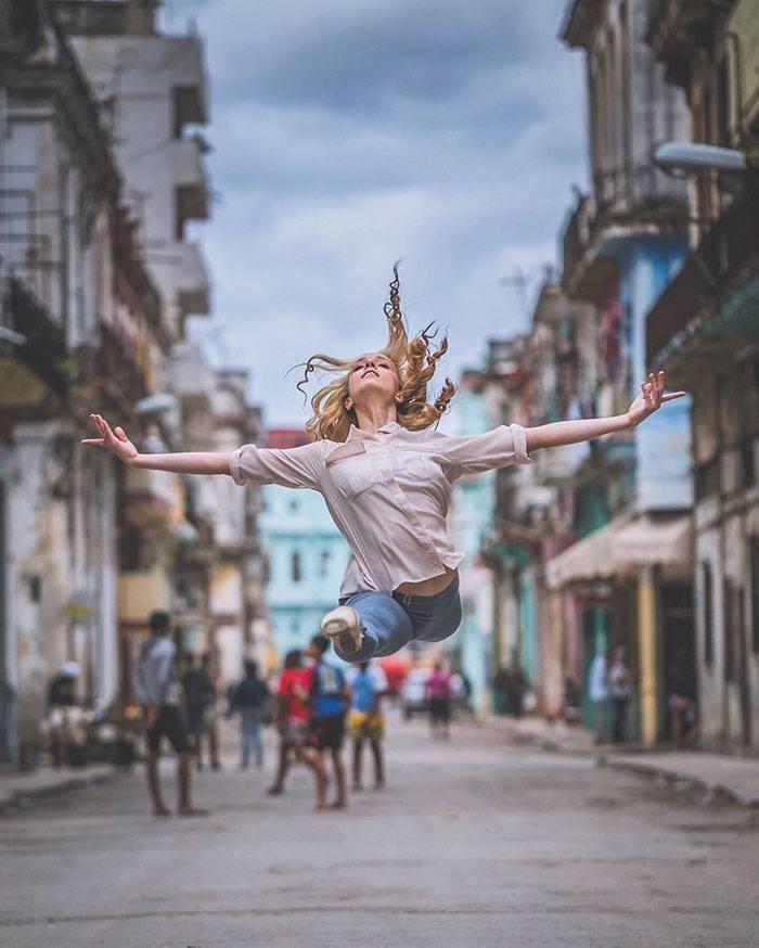 Las calles de la habana y sus bailarines