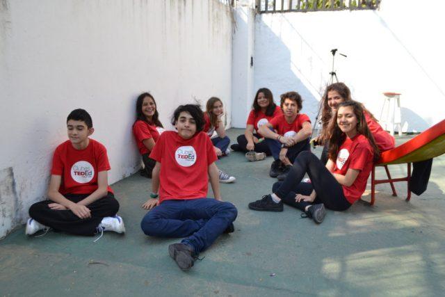 Los Clubes TED-Ed tienen una dinámica más distendida que una clase normal. Foto: TEDx Río de La Plata.
