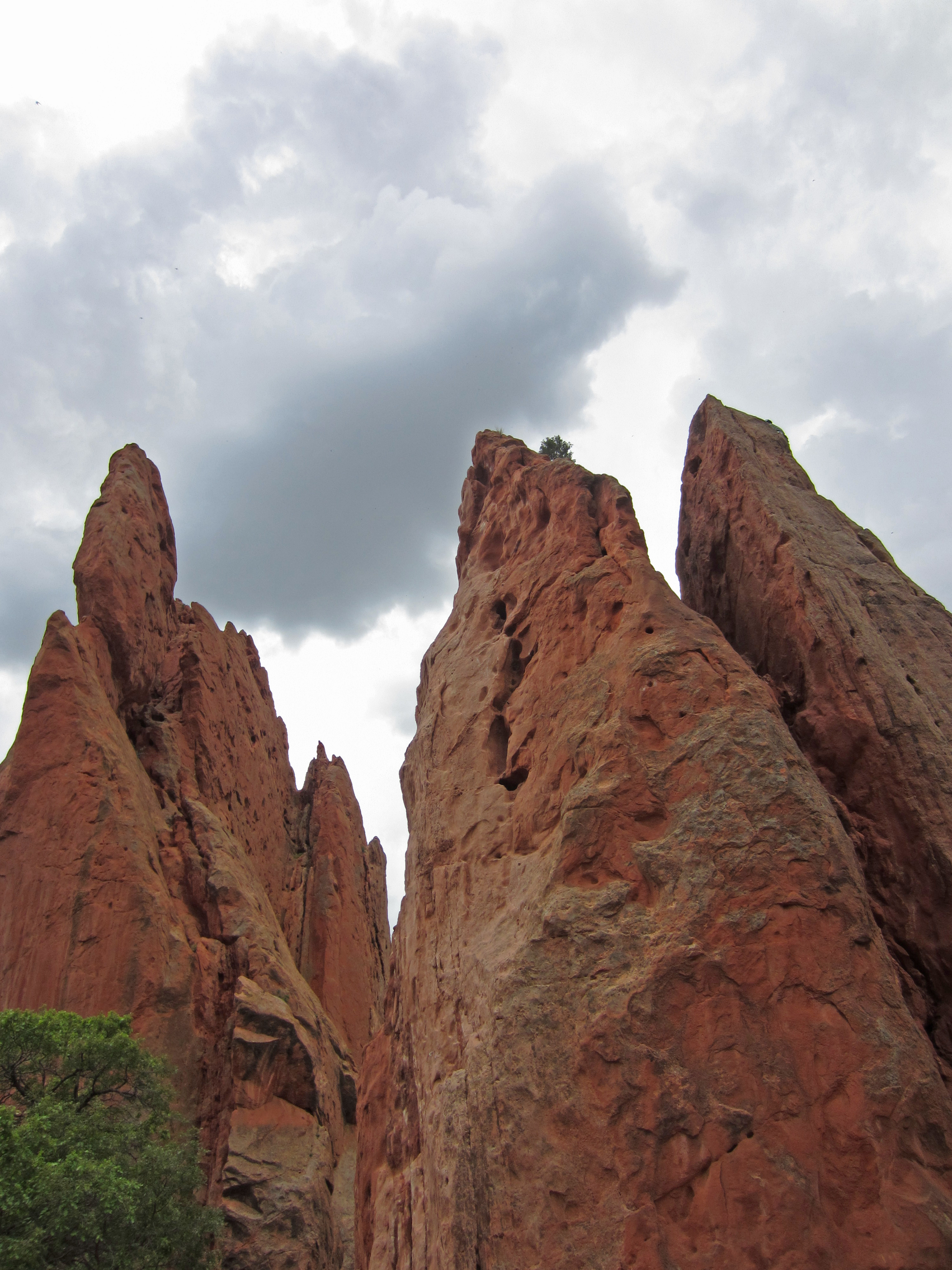 Garden Of The Gods: Hiking In Colorado Springs – Red Around the World