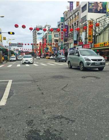 walking around hualien taiwan