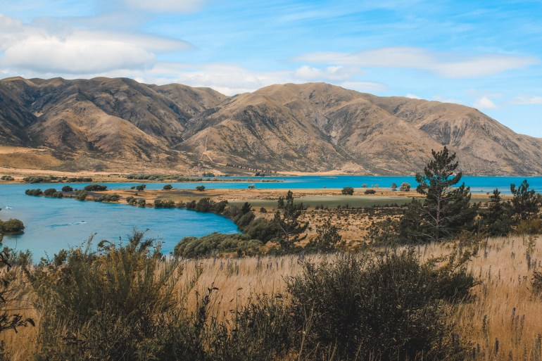 mountains by queenstown new zealand