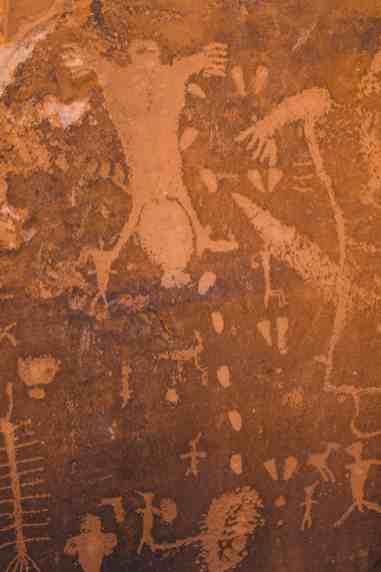 Birthing rock petroglyphs moab utah