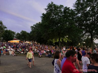 New Jersey Symphony Orchestra in Marina Park 1 of 18