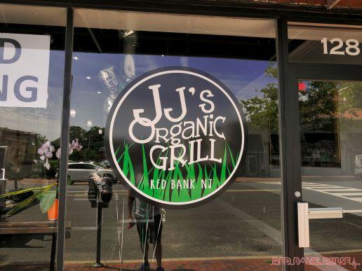 JJ's Organic Grill 11 of 15