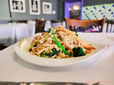 Temple Gourmet Chinese lunch Wonton Salad Pad Thai Imperial Chicken 37 of 47