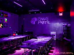 Pinot's Palette Forest Ave 7 of 10