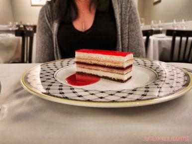 Cafe Loret 8 of 26 raspberry cake
