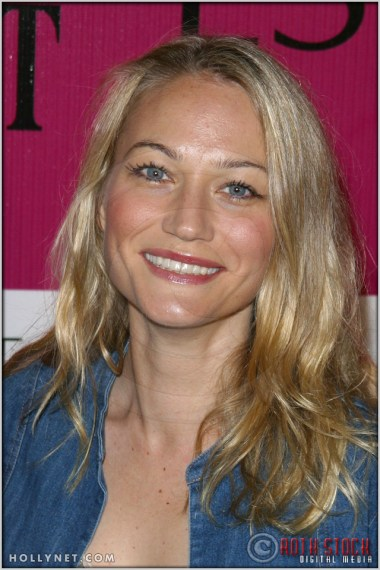 Sarah Wynter at Audemars Piguet Promesse To Win Breast Cancer Research Foundation Benefit