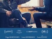 Lance Henriksen and Viggo Mortensen in Falling (2020)