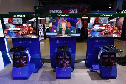 NBA 2K has evolved to become a platform for gamers and ballers to come together and redefine the next basketball culture. With an immersive open-world Neighborhood, NBA 2K20 features the best in class graphics and gameplay, ground breaking game modes, and unparalleled player control and customization.