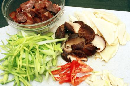Stir-Fried Bacon ingredients
