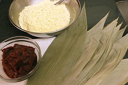 zongzi-rice-leaves