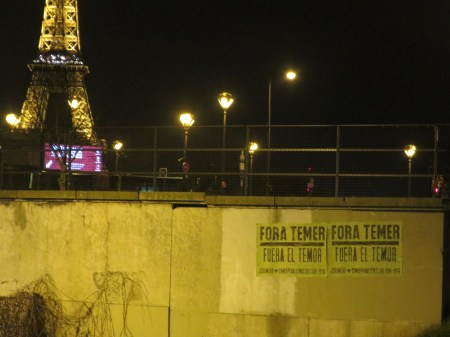 Fora Temer..., Proximidades de la Embajada de Brazil, Paris, 2017