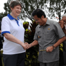 Helen Clark (UNDP) and Teras Narang (Governor of Central Kalimantan)