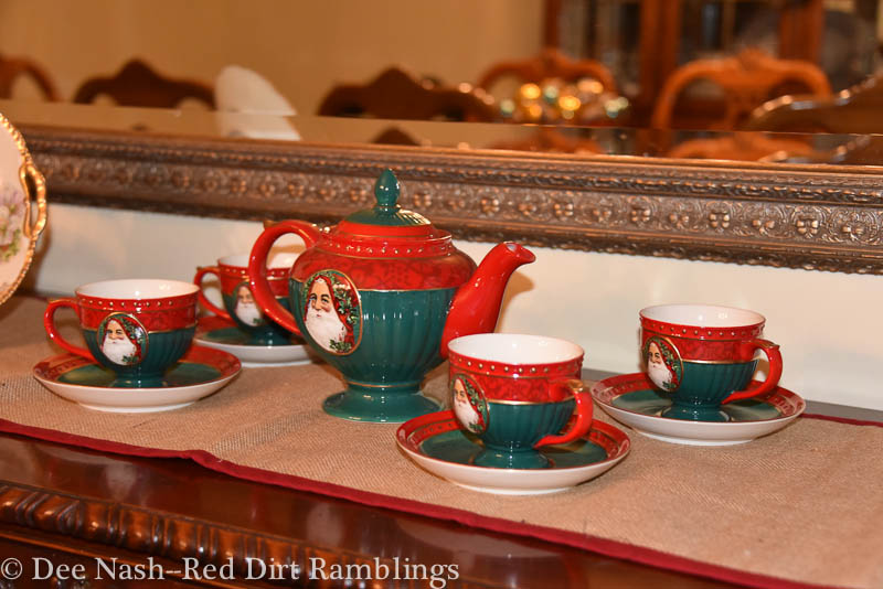 Santa Claus tea set my mother gave me one year.