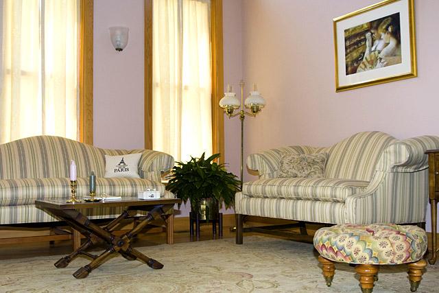 Living Spaces Gallery Red Door Design LLC