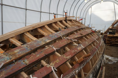 Once clamed to position the bag is removed to allow the keel to cool and maintain the shape.