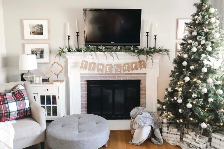 Christmas 2018 Family Room