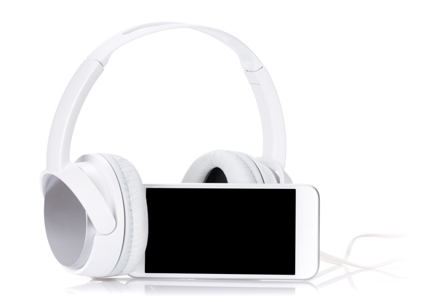 smartphone-and-headphones2