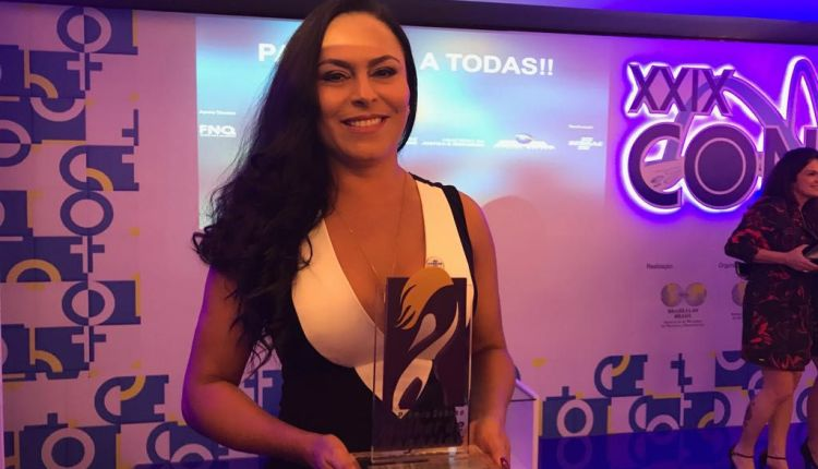 Empresária de Itacaré conquista Prêmio Mulher de Negócios