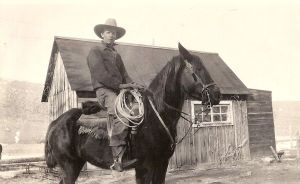 Wesley Swan on Smokey about 1930