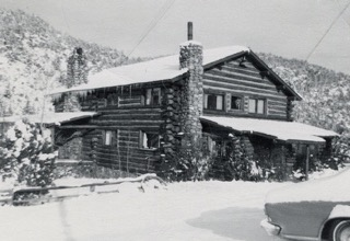 Jewett's Log Cabin