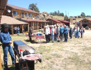 Tour participants getting their Beefalo Burgers raised on the ranch
