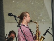 A sax solo with passion