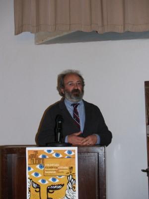 D. Ricardo Piñero, en la conferencia inaugural de la I O.f.E.