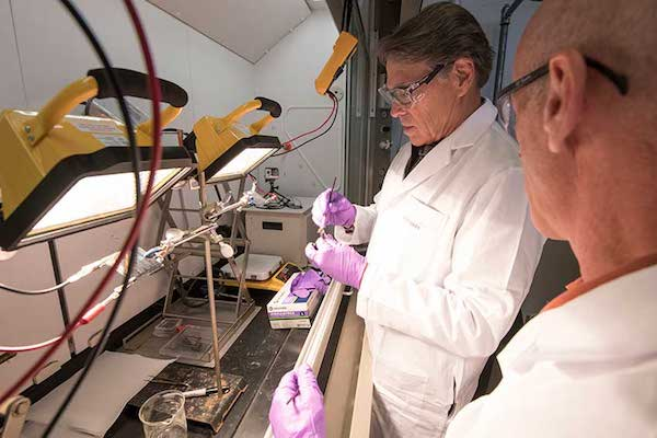 perovskite solar cells and rick perry