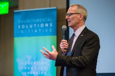 Ecoright Conservative Climate Change news of the week from from RepubliCen director Bob Inglis