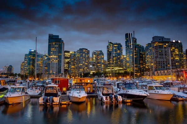 TOP 7 ECO-FRIENDLY CITIES AROUND THE WORLD - Vancouver, Canada