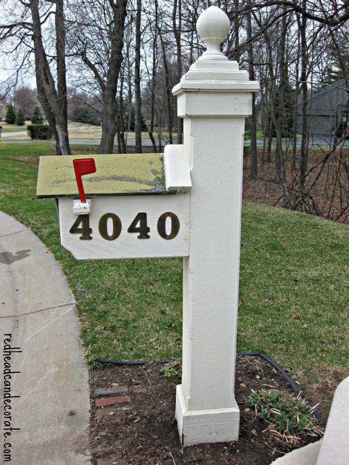 Mailbox Before Makeover w: redheadcandecorate.com