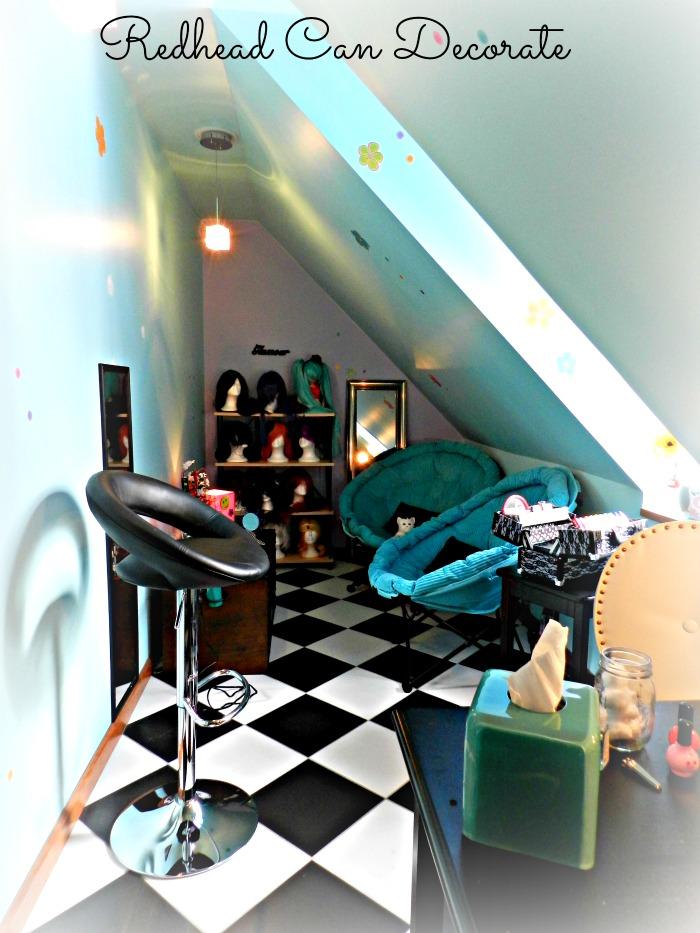 Really cool teen salon idea!