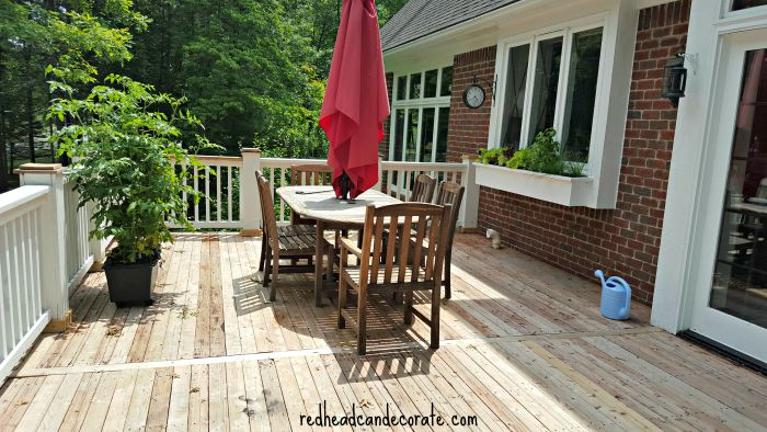 Deck Makeover (after using Thompson's WaterSeal Deck Cleaner, and before applying stain)