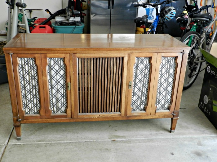 Judy's Stereo Console