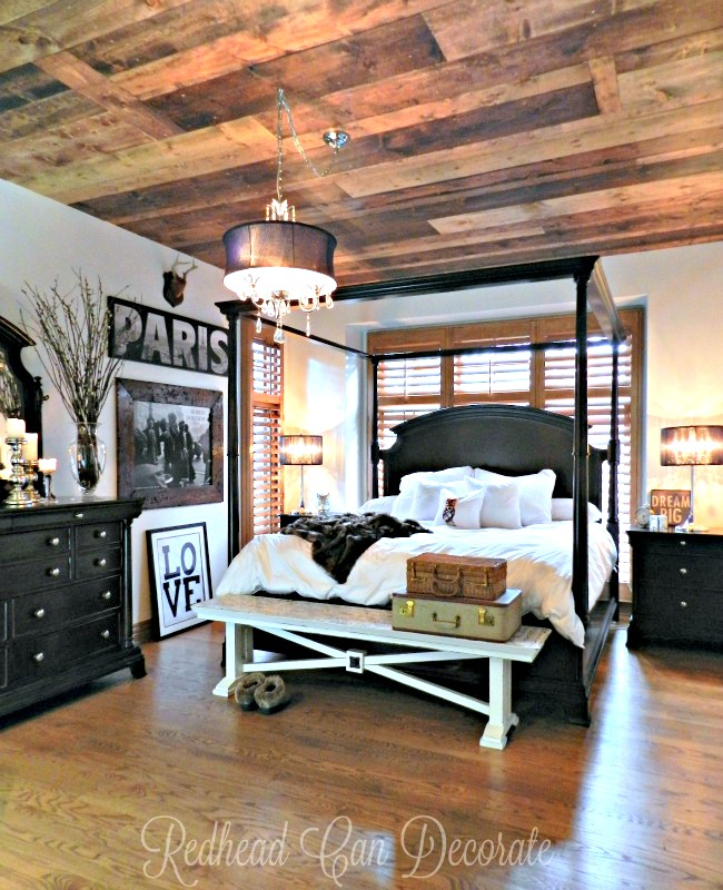 5 DIY Wood Plank Decorating Ideas & Giveaway that will help you update your home without spending a fortune.  The bedroom is amazing!