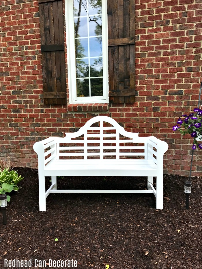 Check out this gorgeous white garden bench this blogger used to fill in a bare spot of her garden...