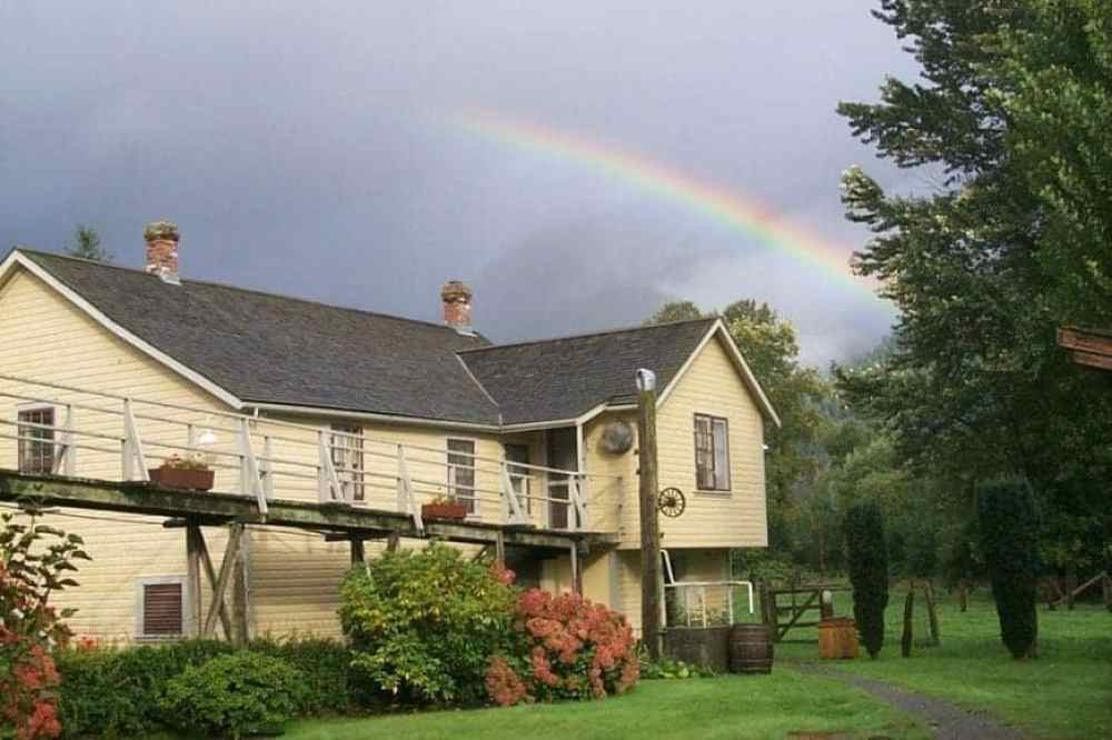 cottage-from-yard-with-rainbow_01_13_2014