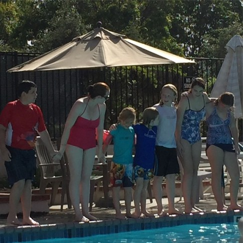 Family Pool Fun #BeeAndYou #BeeAndYouNatural #natural #family #health #ad