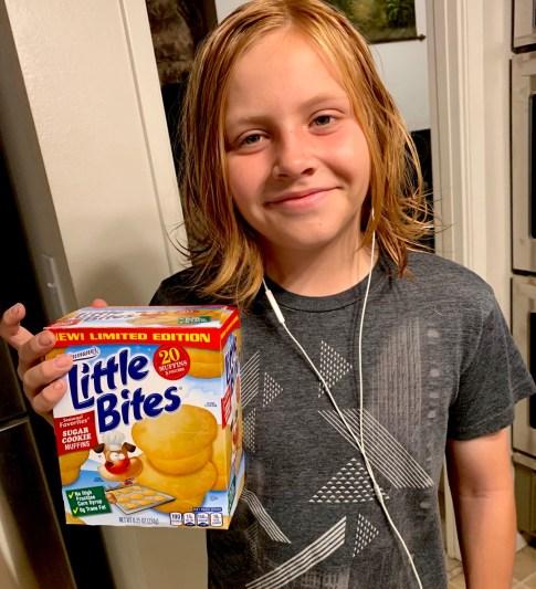 Entenmann's Little Bites Sugar Cookie Muffins #Entenmanns #LittleBites #Muffins #snacks #food #foodie #holidays #giveaway #LoveLittleBites #LBSugarCookie #ad