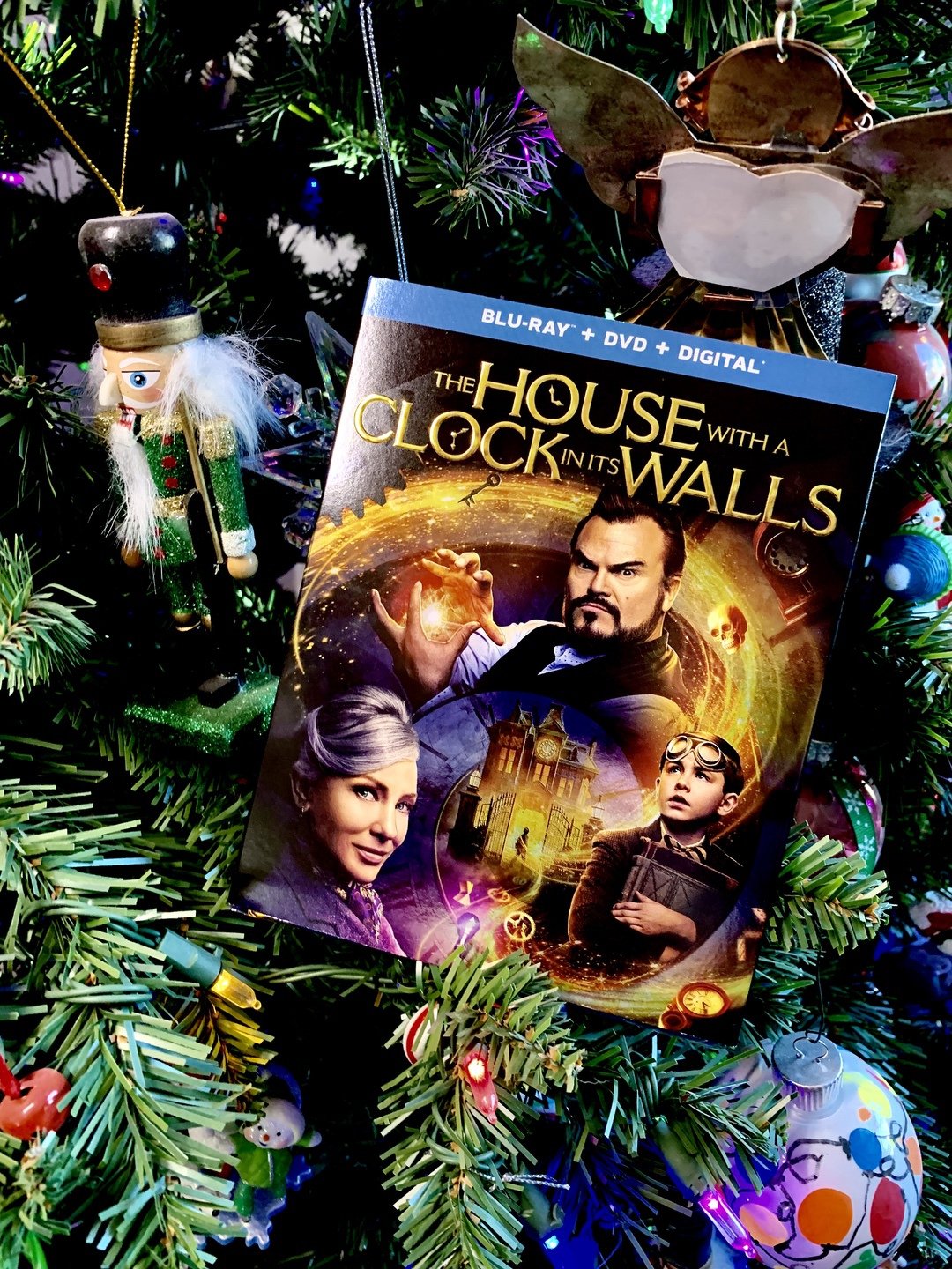 House with a Clock in its Walls #HouseWithAClock #movie #giveaway #ad
