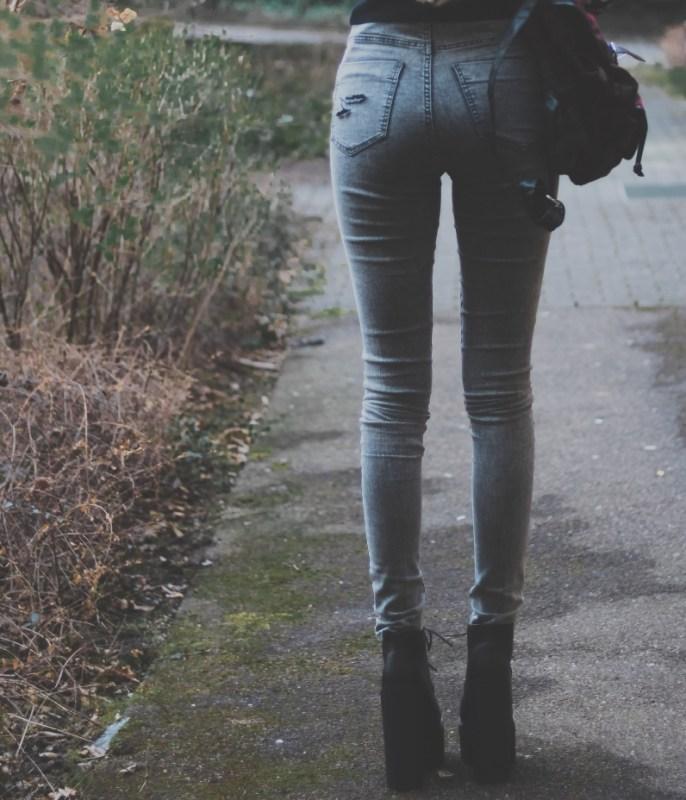 redheadventurer-liza-laboheme-fashion-style essentials grunge-pants