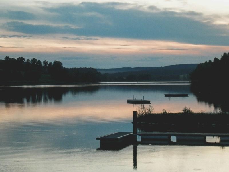 redheadventurer-liza-laboheme-tips-day-at-the-lake-sunset