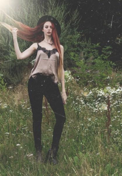 redheadventurer-liza-laboheme-velvet-satin-vintage-look (11)