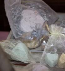 bombalicious-bath-bomb-wedding-favours