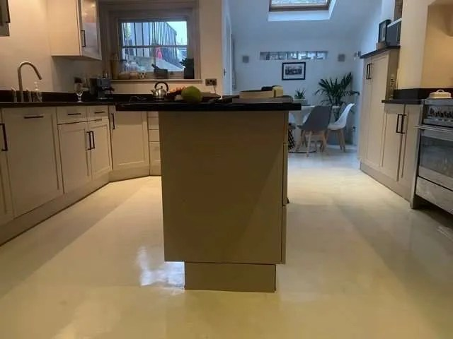 Kitchen Respray and Microcement Floor