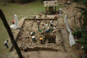 yacimiento maya guatemala